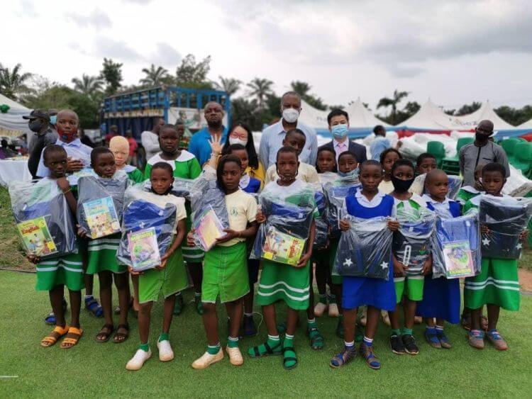 Nigerian Minister, Huawei donate educational materials to five schools